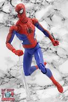 MAFEX Spider-Man (Peter B Parker) 29