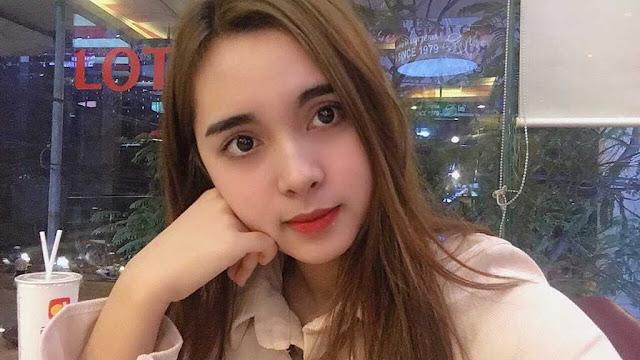Nhan sắc lai Tây vạn người mê của hot girl trường Đại học Thương mại Hà Nội