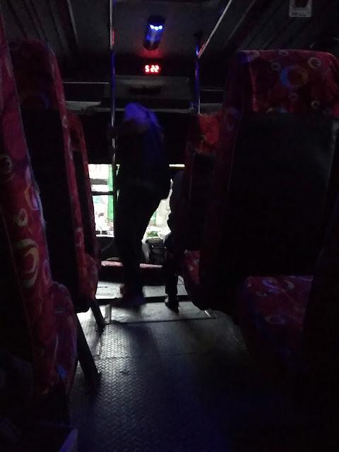 Mau Ke Tanggerang? Naik Bus Aja...