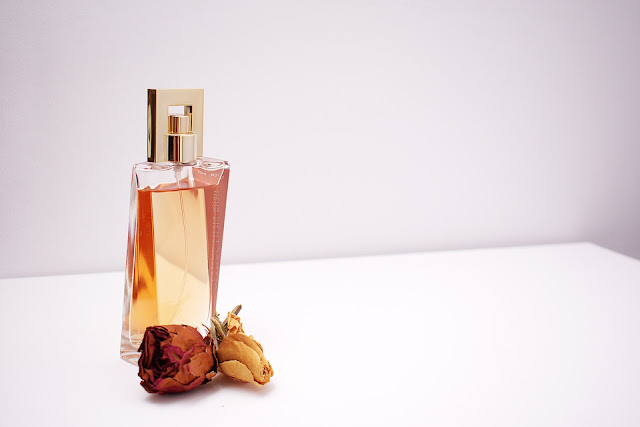 ¿Cómo hacer que tu perfume dure más tiempo?