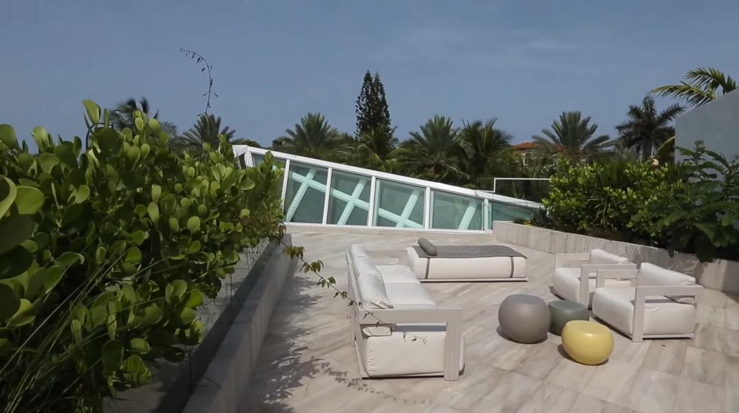 45 Interior Photos vs. 480 Ocean Blvd, Golden Beach, FL Luxury Contemporary House Tour