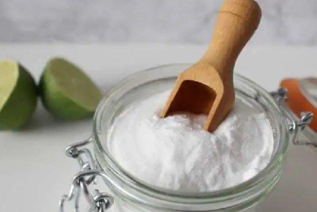 Salt Remedies: कुंडली के दोषों को दूर करके पैसा बरसाता है नमक का यह उपाय, जानेंगे तो जरूर करेंगे