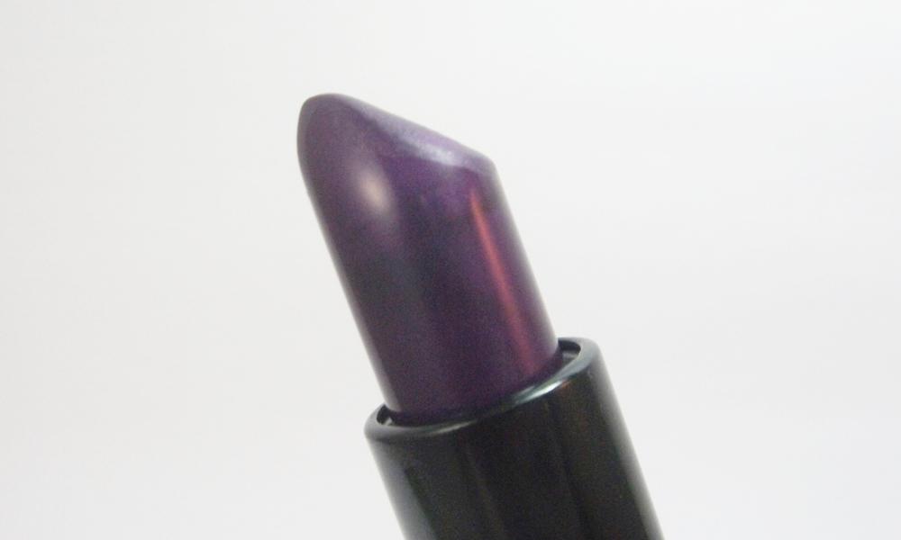 Makeup Revolution Make It Right, da linha Atomic Shade