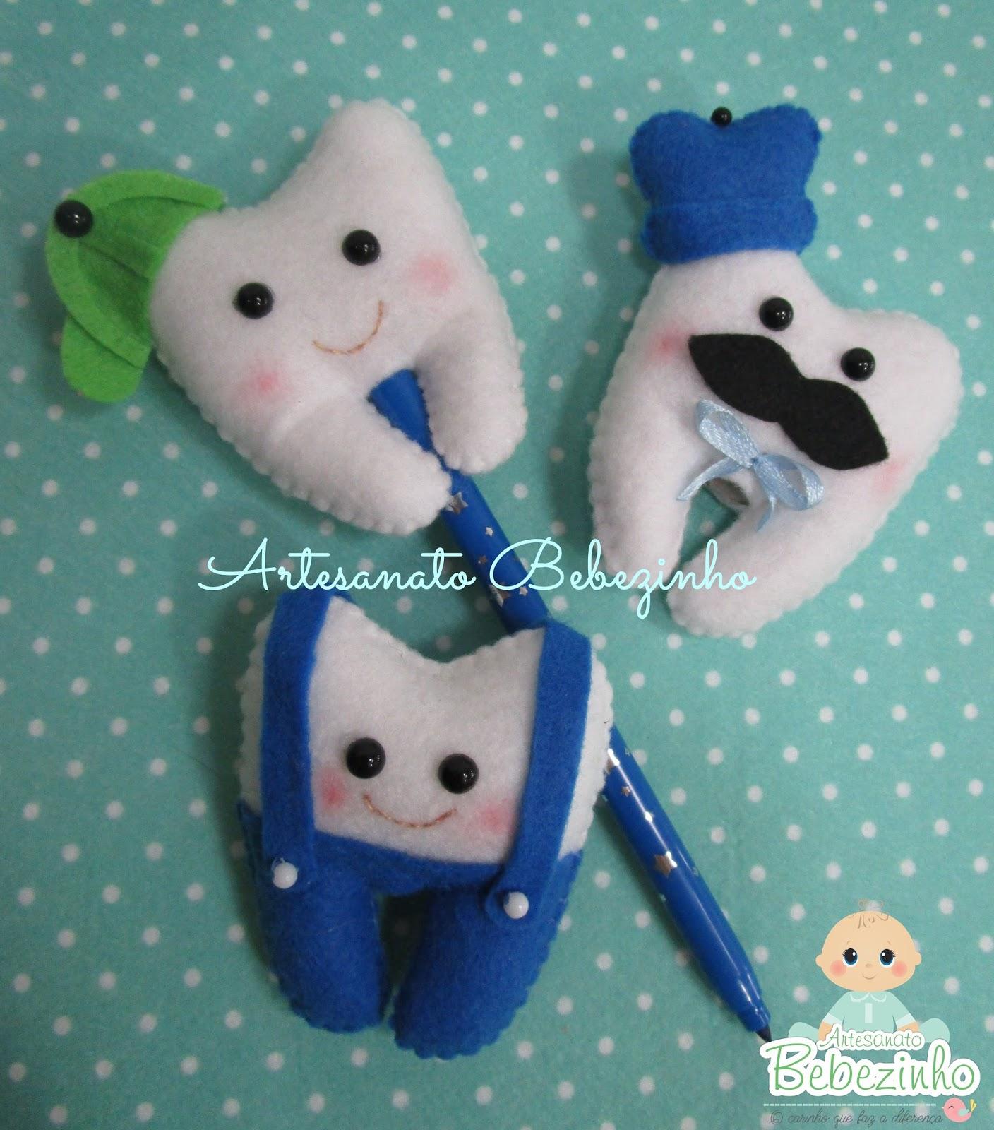 bb6a834336 Esses são meus primeiros dentinhos de feltro. São ponteiras para lápis e  são removíveis. 12 dentinhos um diferente do outro. Com 7cm cada um
