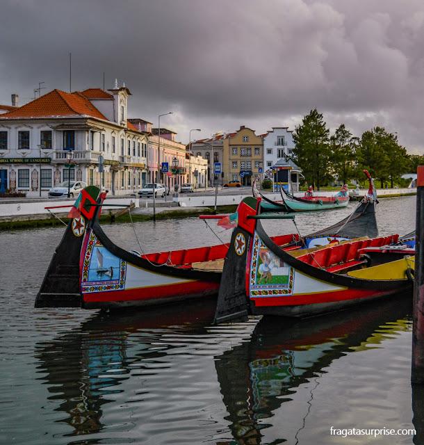 Moliceiros na Ria de Aveiro, Portugal