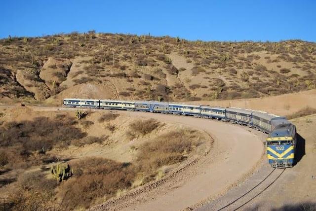 Ferroviaria Andina Wara Wara y Expreso del Sur suspende definitivamente sus servicios de transporte de pasajeros