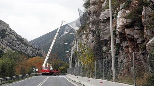 Προσωρινές κυκλοφοριακές ρυθμίσεις στην Κοιλάδα των Τεμπών λόγω εκτέλεσης εργασιών συντήρησης μέτρων βραχοπροστασίας