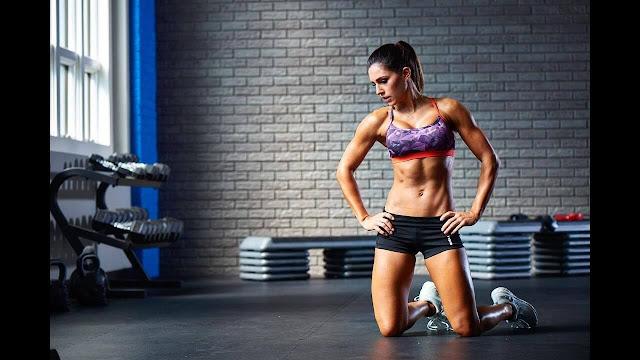 Alexia Clark 2