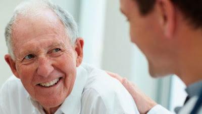 5 việc không nên chần chừ nếu cha mẹ bạn đã ngoài 60