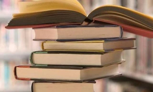 Φιλόλογος παραδίδει ιδιαίτερα μαθήματα κατ'οίκον σε μαθητές