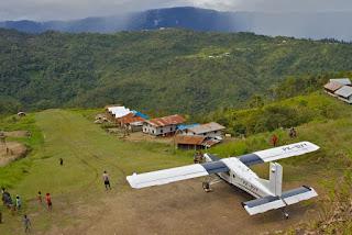 KSB Sandera Pilot Pesawat Dan Penumpang Sipil