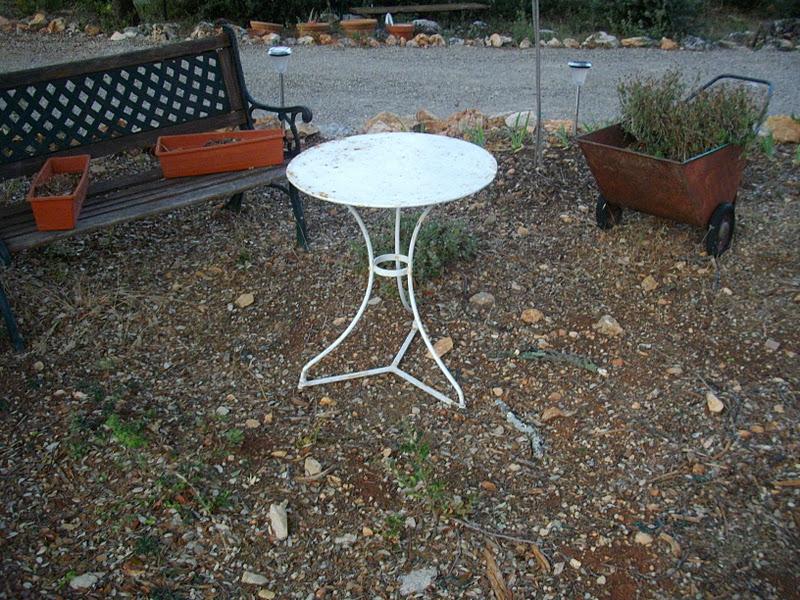 Ancien petit gu ridon table salon - Salon de jardin ancien en fer forge ...