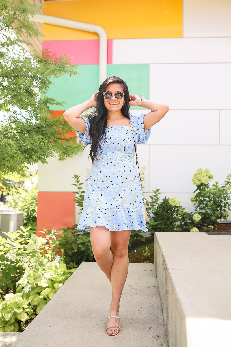 Puffed Sleeve daisy dress