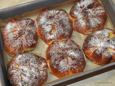 Branzoaice poale-n brau reteta cu branza dulce retete culinare placinte si branzoaice de casa,