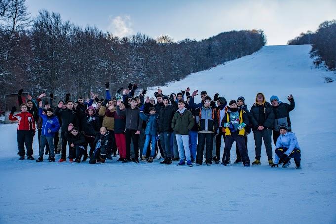 Φωτογραφική ανταπόκριση από την εκδρομή μας στο Χιονοδρομικό κέντρο του Λαϊλιά!