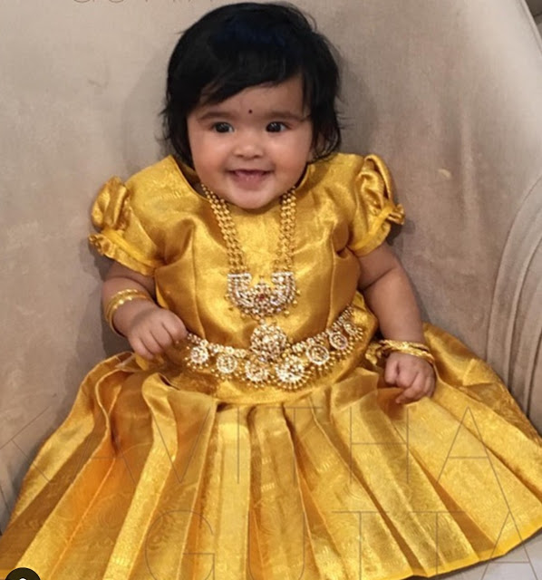 Cute Girl in Diamond Chain Vaddanam