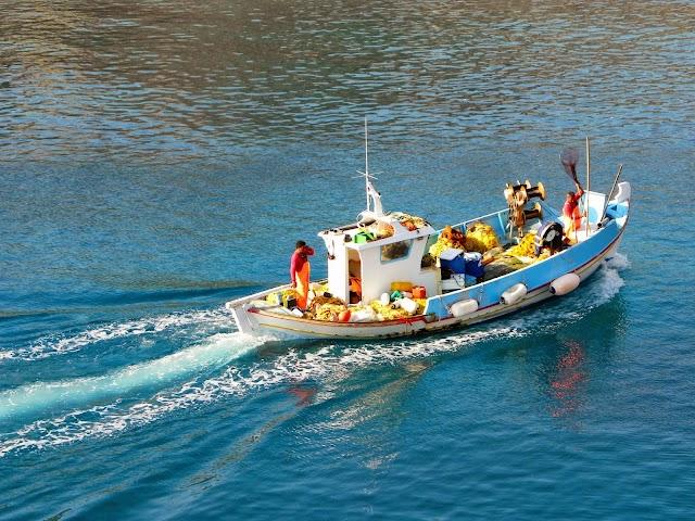 Στα μέτρα στήριξης λόγω κορωνοϊού και η παράκτια αλιεία