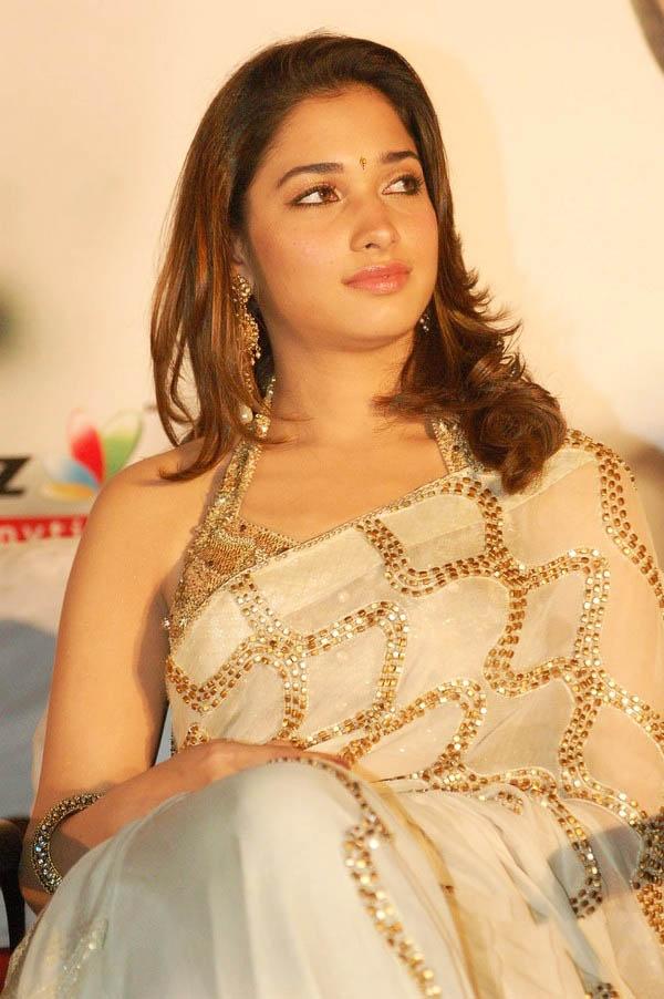 Tamannaah Hot Photos In White Saree