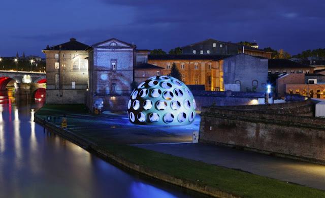02-Fly-Eye-Dome-by-Buckminster-Fuller