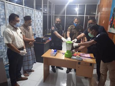 PEMUSNAHAN: Tiga lembaga penegak hukum, saat memusnahkan BB Narkotika kemarin
