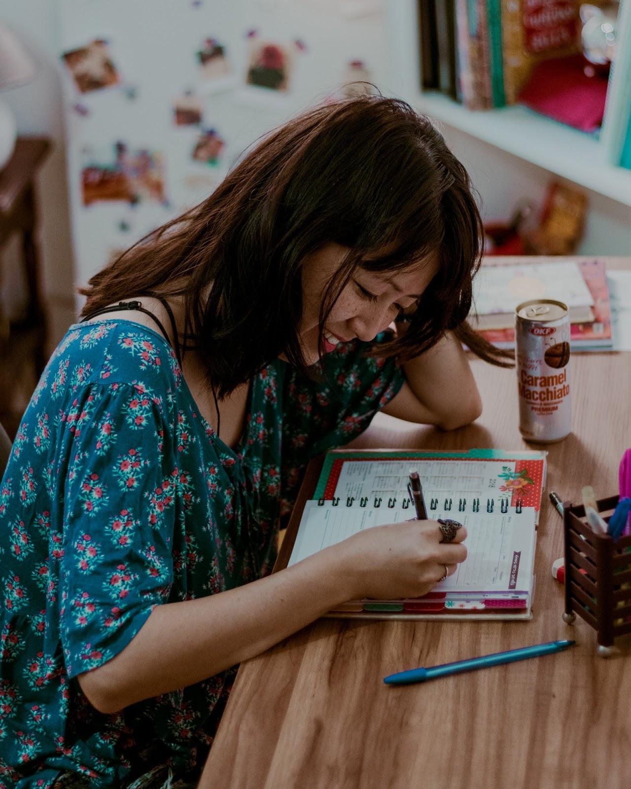escrevendo no bujo
