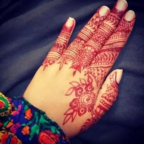 flower-finger-henna-design