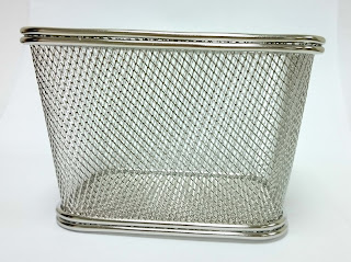fryer basket, mesh basket, serving basket