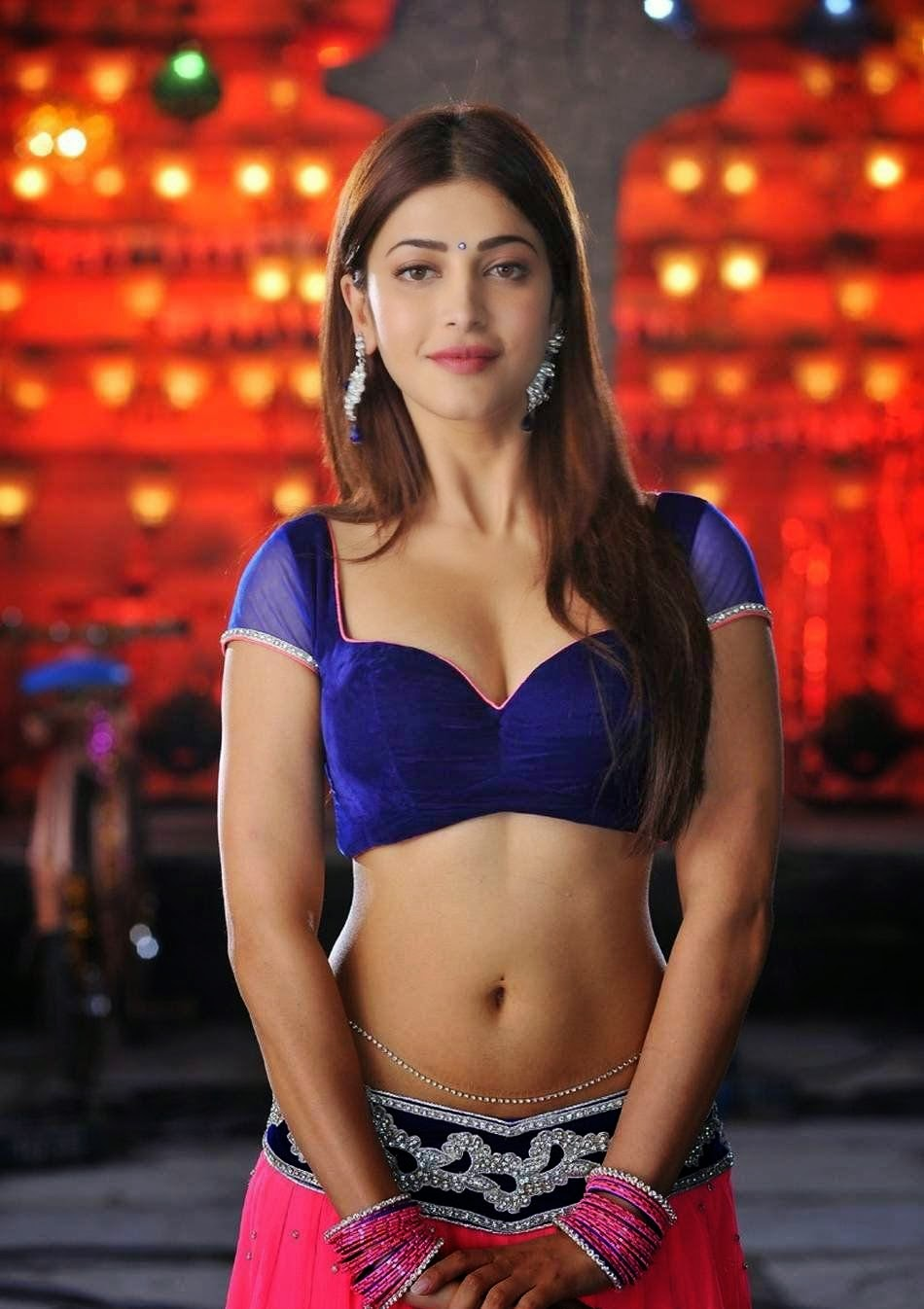 Shruti Hassan in Ghagra-Choli