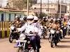 """पहल : कलेक्टर-एसपी ने हेलमेट पहन कर की बाईक की सवारी,अंजोर रथ को हरी झंडी दिखाकर किया रवाना,पुलिस प्रशासन ने सड़क सुरक्षा के लिए शहर में निकाली """"हेलमेट रैली"""""""