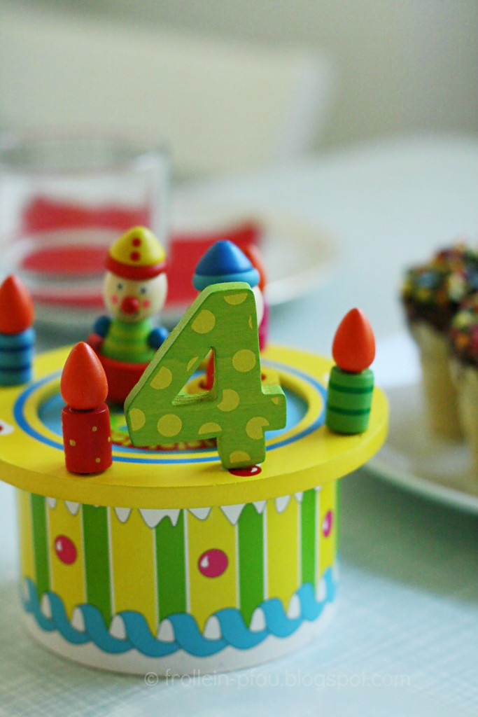 Creadienstag, Kindergeburtstag, Kuchen, Marshmallow Pops, Waffel, Waffelbecher, Kleinigkeiten Kita, Süßigkeiten, Kindergarten, Snacks