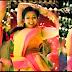 """""""நோ பேண்ட்.. நோ ட்ரவுசர்.."""" - புதருக்குள் டாப் அங்கிளில் தொடை கவர்ச்சி காட்டும் மடோனா..! - ஜொள்ளு விடும் ரசிகர்கள்..!"""