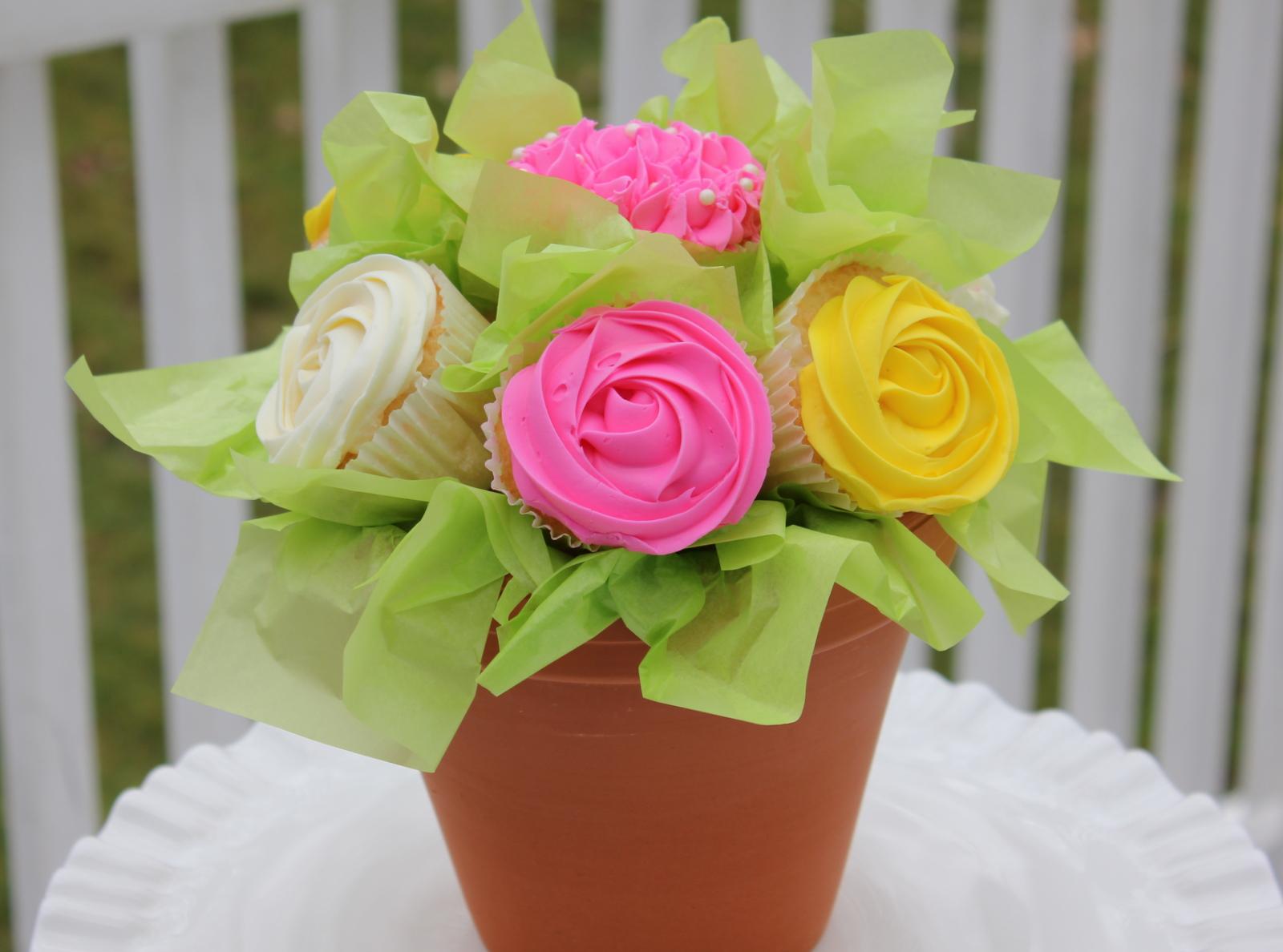 Punkie pies place cupcake flower bouquet cupcake flower bouquet izmirmasajfo