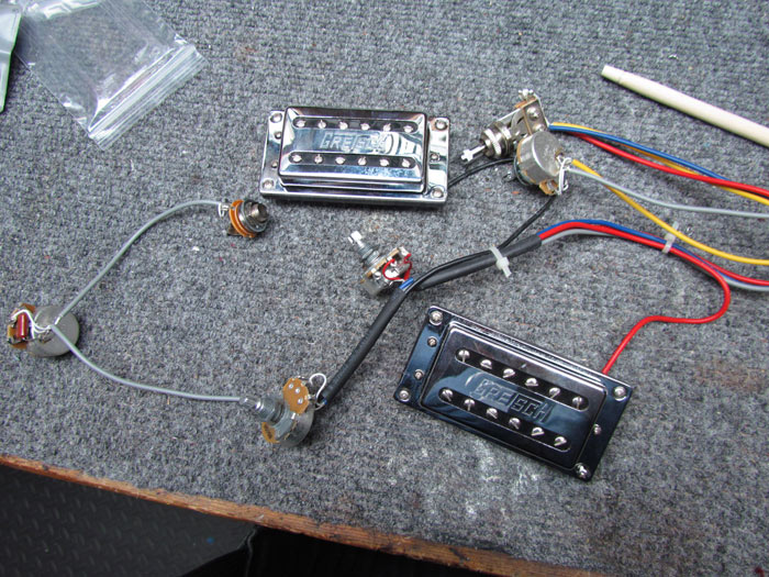 gretsch g5120 upgrades: tv jones pickups, new wiring ... gretsch guitar wiring harness #8