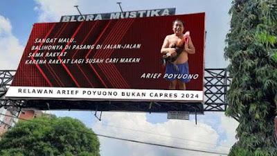 Arief Poyuono Bertelanjang Dada dan Memeluk Ayam Pelung, Nyentil Baliho Capres 2024