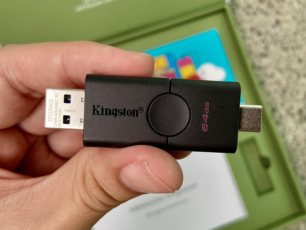 Kingston DataTraveler Duo Dual Connector
