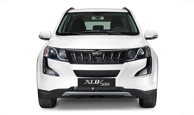 2018 The Plush New XUV 500 white pics