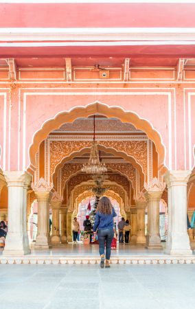 Beautiful arches of Sarvato Bhadra - The Diwan E Khaas
