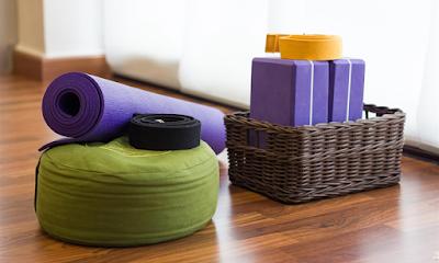 Dụng cụ Yoga cho người tập ở nhà
