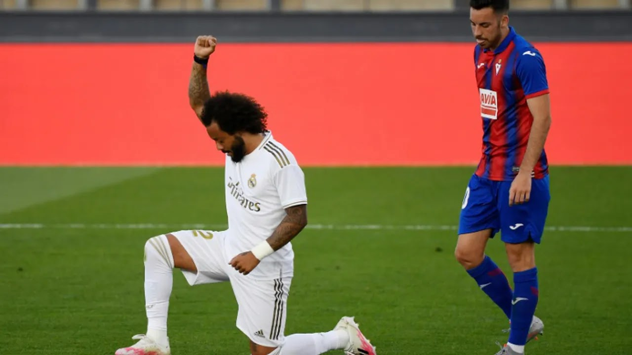 Real Madrid: Marcelo Celebrates Goal While Paying Respect To Anti-Racism