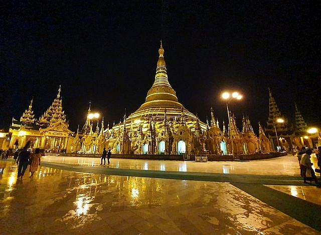 Myanmar: Overwhelmed 2,500-year-old temple, stuck 4,531 diamonds, inlaid with 90 tons of gold