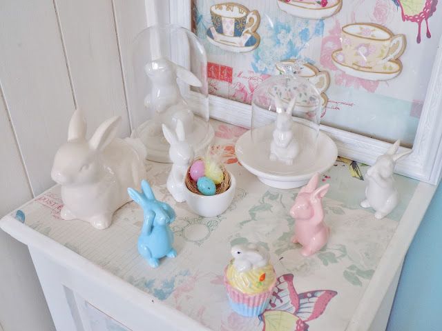 Pastel coloured Easter Spring home decor, accessories and decorations.