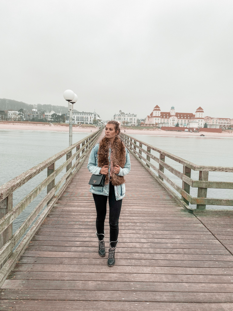 what to do in binz