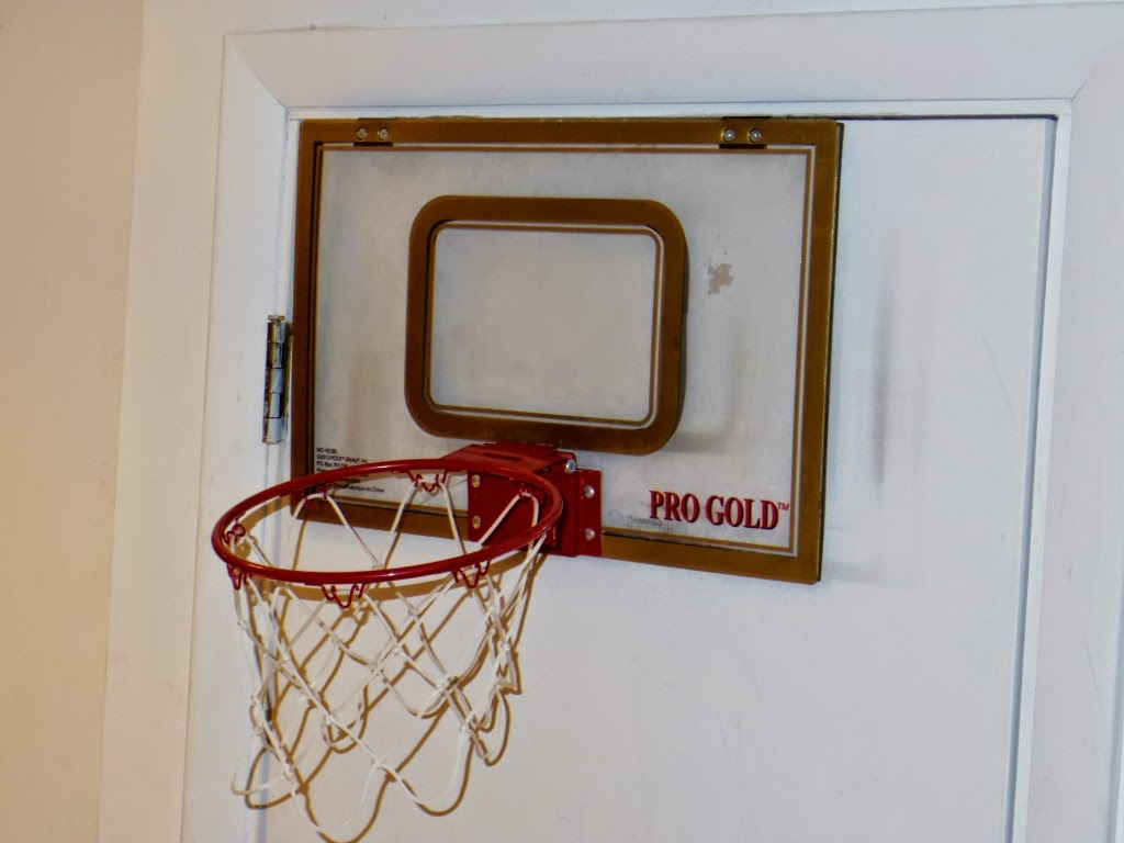54a2be40b38 Competent Parent  Product Review  Pro Gold Breakaway Rim Basketball Hoop