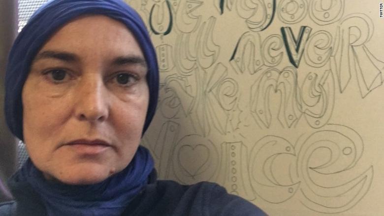Η Sinéad O'Connor ασπάστηκε το Ισλάμ,  ξανά βρήκε την βιολογική καταγωγή της!!