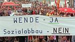 http://www.spiegel.de/wirtschaft/soziales/arbeitsmarkt-was-ist-dran-am-deutschen-jobwunder-a-1163804.html