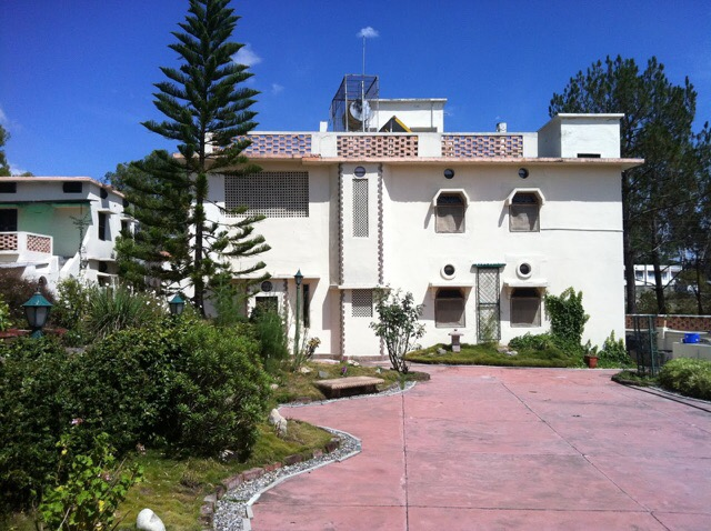 Yogoda ashram main building