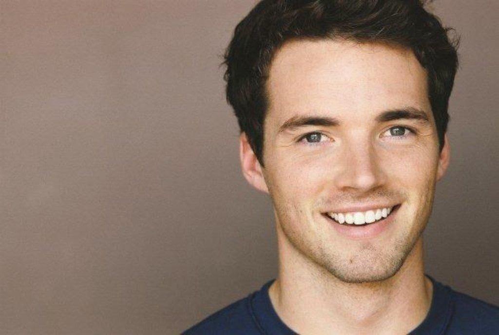 Hollywoods Finest Men: Ian Harding