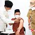 Wagub Jabar Tinjau Pelaksanaan Vaksinasi Covid-19. Bagi Kiai dan Ulama Di Ponpes Khas Kempek Cirebon  .