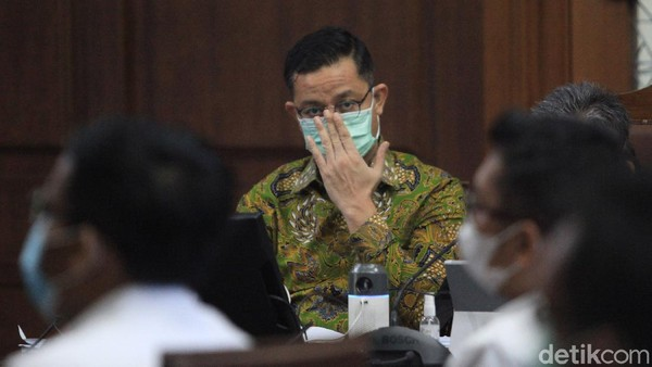 Hal Meringankan Vonis Juliari di Kasus Bansos: Menderita Dihina Publik