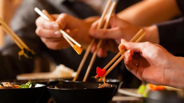 5 Kebiasaan Makan Di beberapa Negara Yang Berdampak Pada Kesehatan